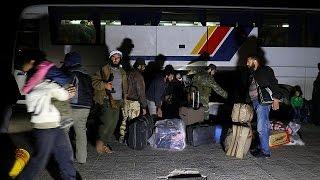 Первые автобусы с беженцами из Эль Фуа прибыли под Алеппо