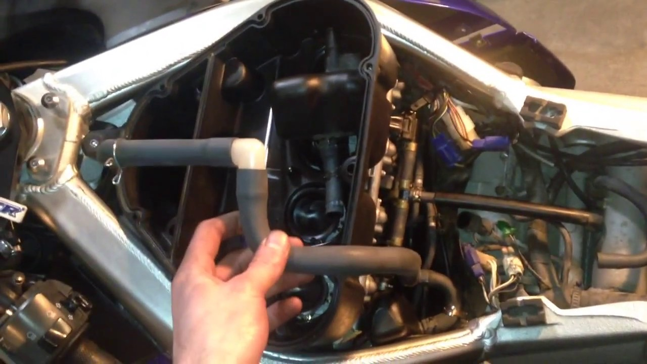 yamaha yzf r1 vacuum line missing hose where it goes