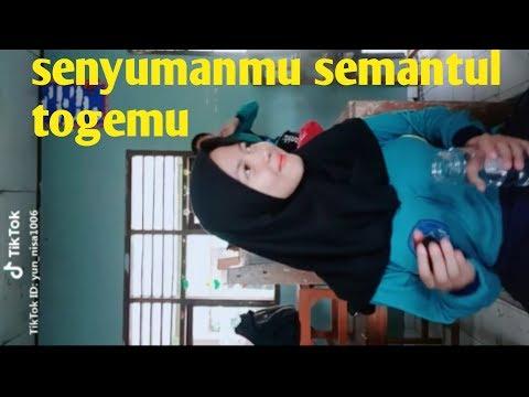 Tiktok Cewek Manis HOT ID : Yun_nisal006