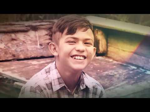 Domingo Show: conheça o menino do mangue que luta para salvar o pai e sonha em virar cantor