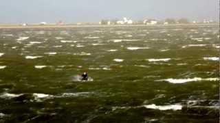 ураган в крыму 24.06.2012(Порывы до 35 м/с. www.kiteguru.pro., 2012-06-24T17:52:43.000Z)