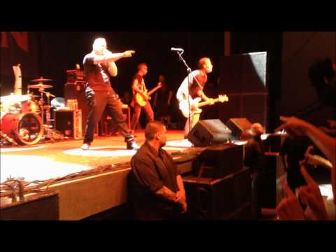 bad-religion---stranger-than-fiction-live-curitiba-09-02-2014