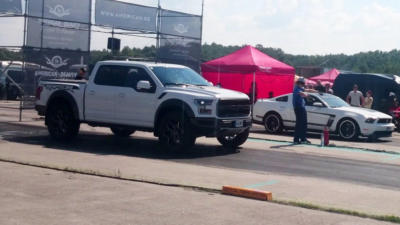 Ford mustang boss 302 vs 2018 ford f 150 raptor 1 4 mile drag race
