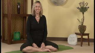 Gentle Yoga for Healthy Hips: An In-depth Interview with Justine Shelton, Viniyoga Therapist