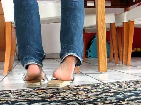 Klepper barefoot at home