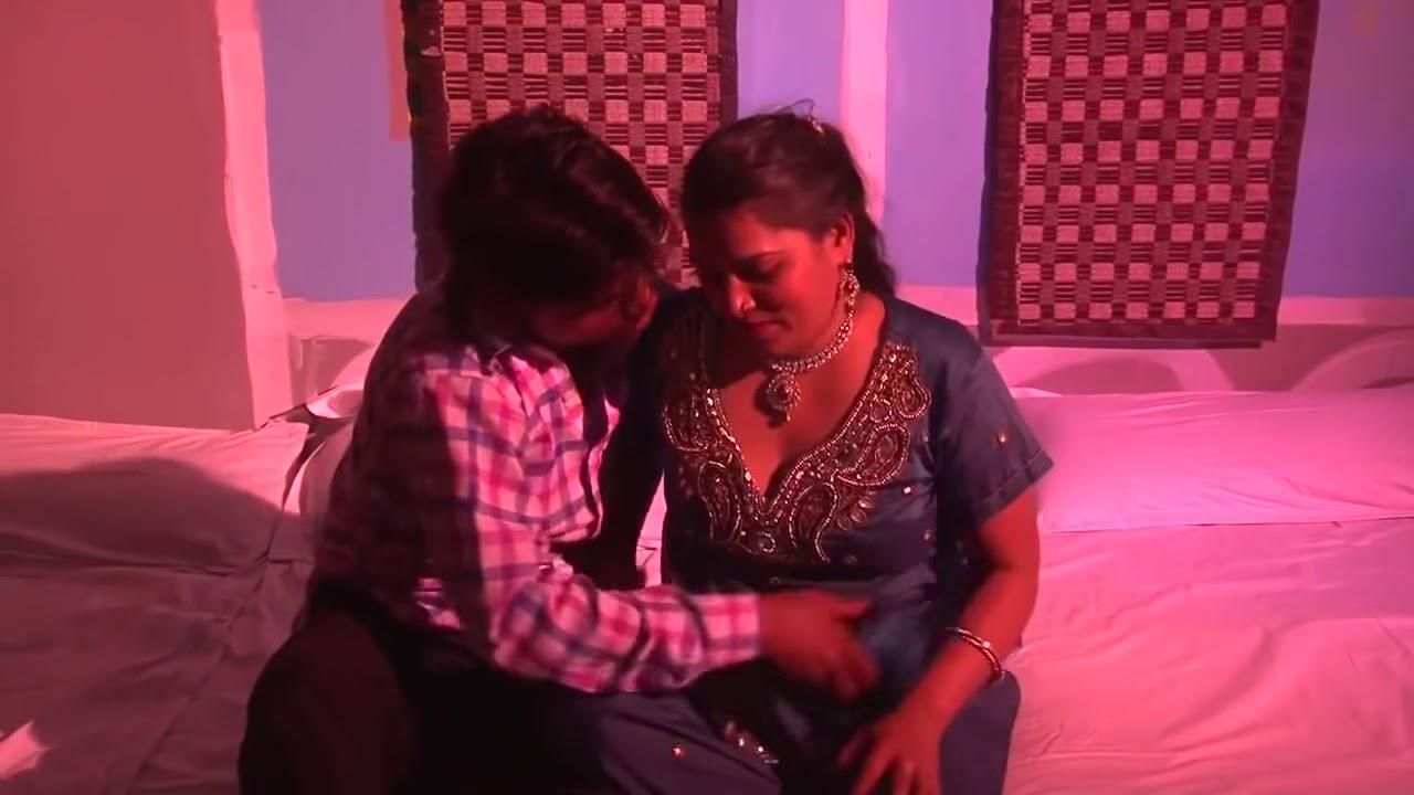 Download 1213 Hot Sexy Desi Bhabhi with Dewar !!   YouTube