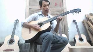 Thử đàn ghita