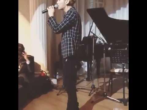 140524 SHINee Jonghyun Singing @ Wedding Party