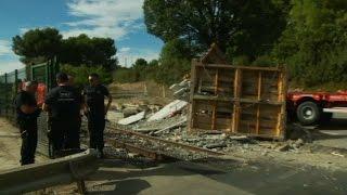 Collision entre un TER et un poids lourd à Aix-En-Provence