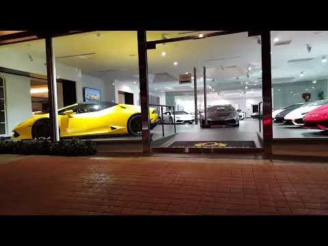 Lamborghini Dealership LA Jolla, CA 1-14-17