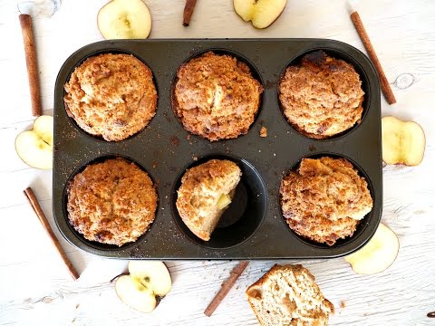 Breakfast Recipe: Apple Crumb Muffins by Everyday Gourmet with Blakely