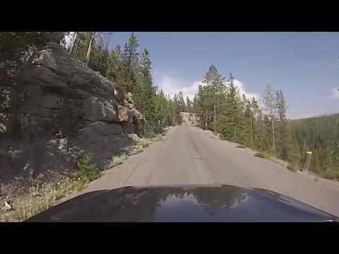 Yellowstone National Park - Driving the Virginia Cascade Scenic Drive (2018)