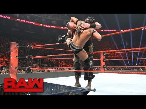Thumbnail: Kalisto vs. Braun Strowman — Dumpster Match: Raw, April 24, 2017