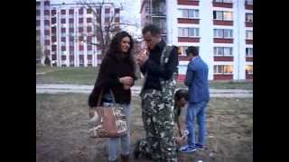 Repeat youtube video Humor G5 dhe Mentor Kurtishi (Gezuar 2013 - Eurolindi & ETC)