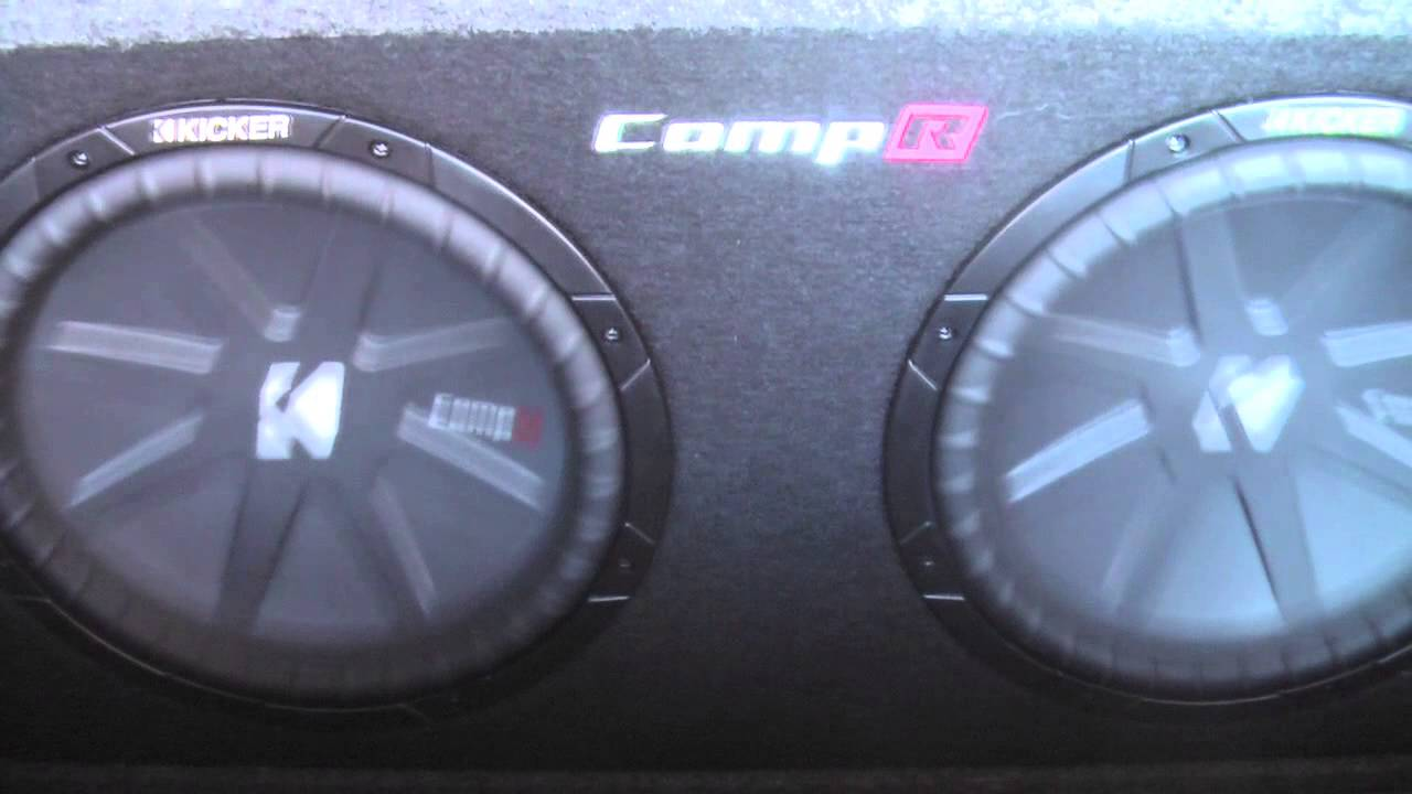 Kicker CompR 12s Rattling a Ford Excursion - YouTube
