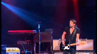 Keith Urban - Flame Trees ( Today Australia 11.4.2011 )