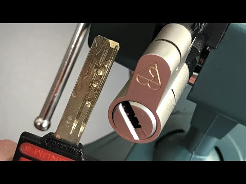 """[494] Magnum """"Superior"""" (7 Pins, 4 Sliders) Euro Cylinder Picked and Gutted"""