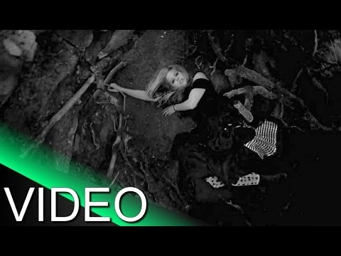 Avril Lavigne -  innocence ★ (Music fan Video)