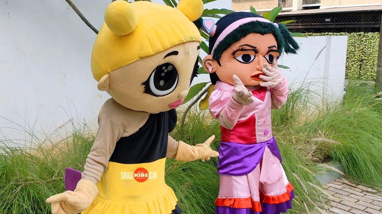 Badut Maskot TikTok Badut Memey Kostum Unik Ft. Badut LoL Lebah