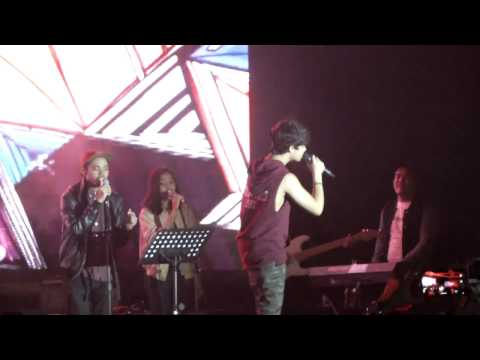 HARRIS J  LOVE WHO YOU ARE  MINICONCERT GANDARIA CITY JAKARTA