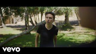Смотреть клип Giselle Torres - Worth It