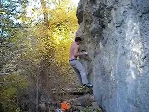 A little bit of secret bouldering in Colorado