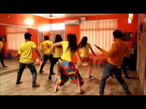 'Desi Look | Sunny Leone |  Ek Paheli...