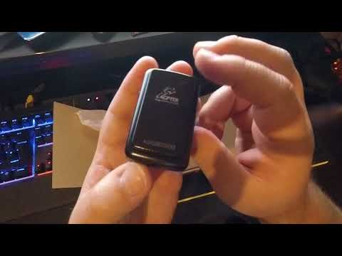 AGPTEK 8GB MP3 Player with Bluetooth 4.0 Portable Clip HD Screen Music Player  - Unboxing