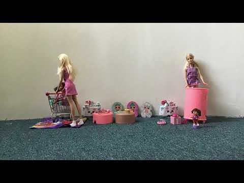 Barbie shopping at the accessories shop