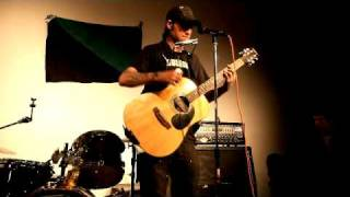 "Stza Acoustic ""3,000 Miles Away/Empty Lives"""