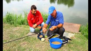 Alan Scotthorne fishing for carp with the Drennan Method feeders