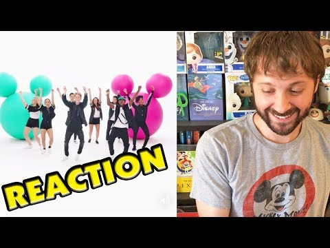 CLUB MICKEY MOUSE THEME SONG REACTION