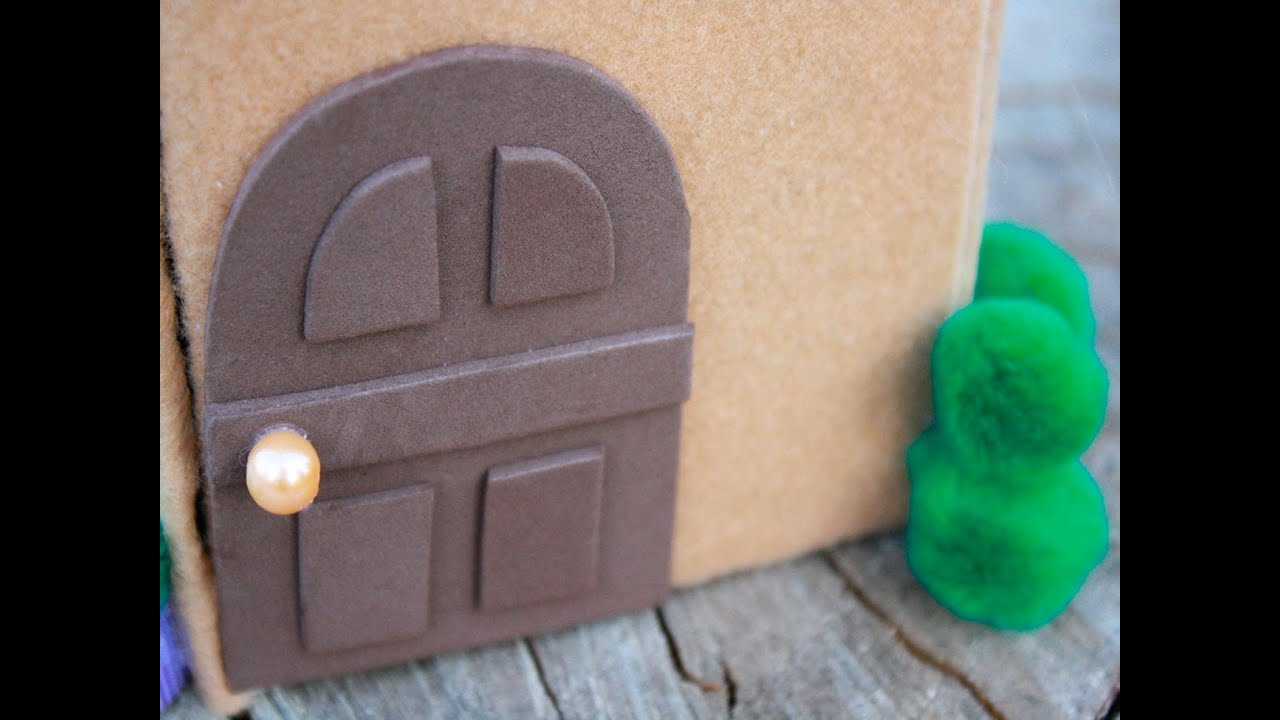 How to make a mini dollhouse doghouse for lalaloopsy and for How to make a home decorations