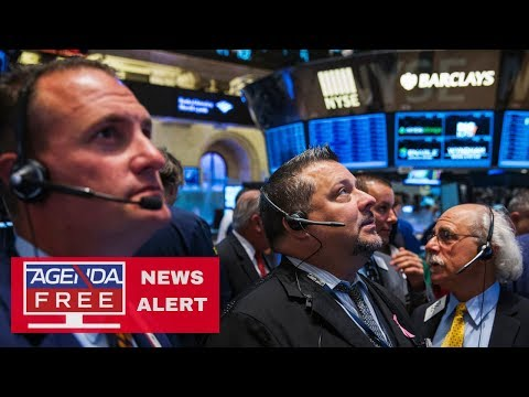 Dow Down Over 500 as Sell-Off Continues - LIVE COVERAGE