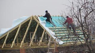 Как покрыть крышу металлочерепицей своими руками правильно, инструкции на фото и видео