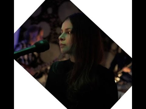 """Hope Sandoval - Compilation """"album"""" - 8 never released songs from live shows"""