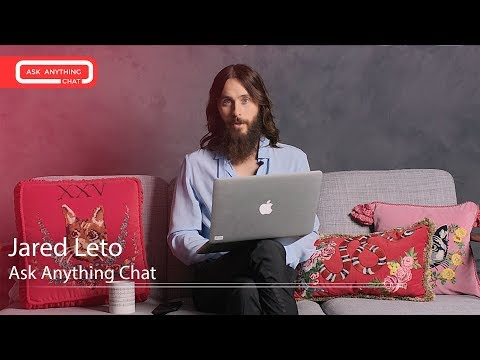 Jared Leto Talks About Thirty Seconds To Mars 5 & What he Sings In The Shower