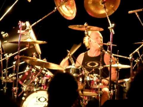 Mike Terrana Drum Clinic (Argentina) DRUM SOLO pt.1