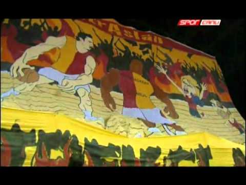 Galatasaray MP-CSKA Moscow / Maç Öncesi Tribün Şov ( ultrAslan )