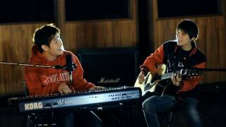 Henry & Amber_HAPPY HOLIDAYS_Video Clip MP3