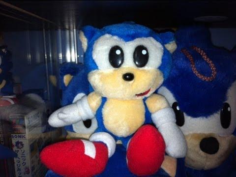 SEGA World Sydney Sonic plush (review)