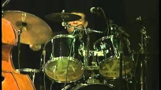 Baixar Sambajazz Trio - SambaR é bom (Kiko Continentino / MURILO ANTUNES)