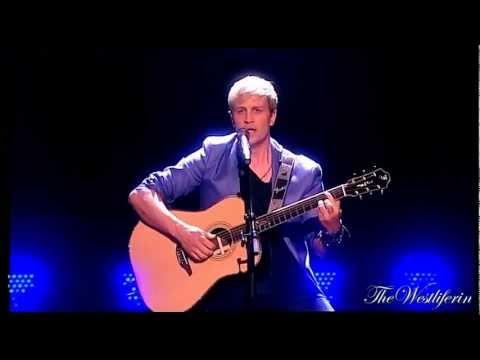 Kian Egan -   Performance with Team Kian ( The Voice of Ireland - 08 april 2012 )