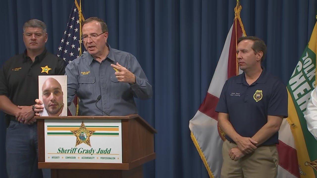 Florida gunman killed 4, including mom still holding baby