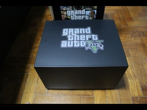 Unboxing the GTA 5 Collectors Edition | PS3