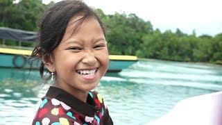 LIBURAN SERU 💖 Jessica Jenica Berenang Di Air Danau + Naik Kapal Laut 💖 Labuan Cermin