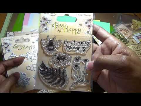 Unboxing Crafty Ola's Jan 2018 Card Kit of the Month