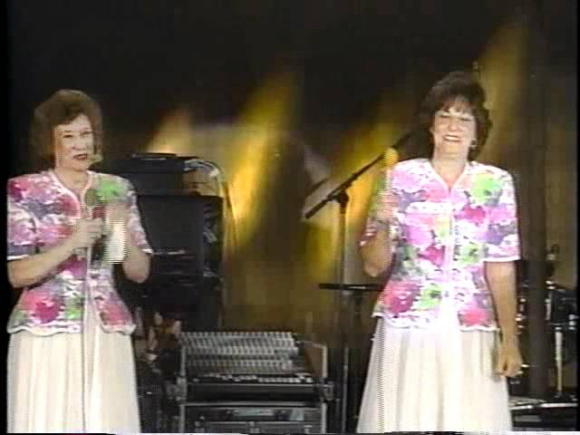 McKameys, Prayer Changes Me 1996 Chords - Chordify