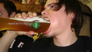 How to drink a Weizen (wheat beer) in less than 3 seconds - EPIC !!