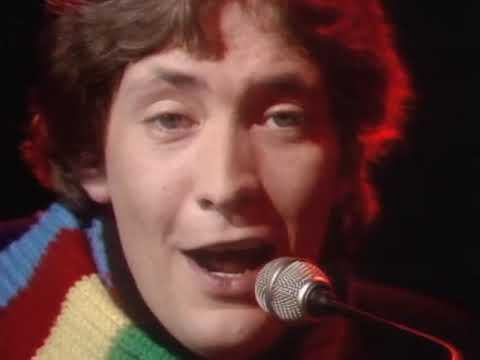 Chris Rea - Fool If You Think Its Over (Official Music Video)
